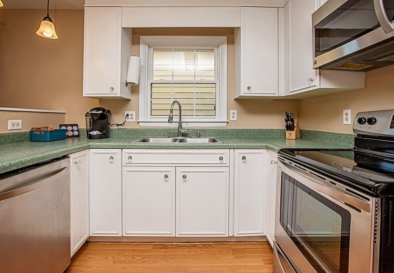 House in Fayetteville - The Dandridge Guest House