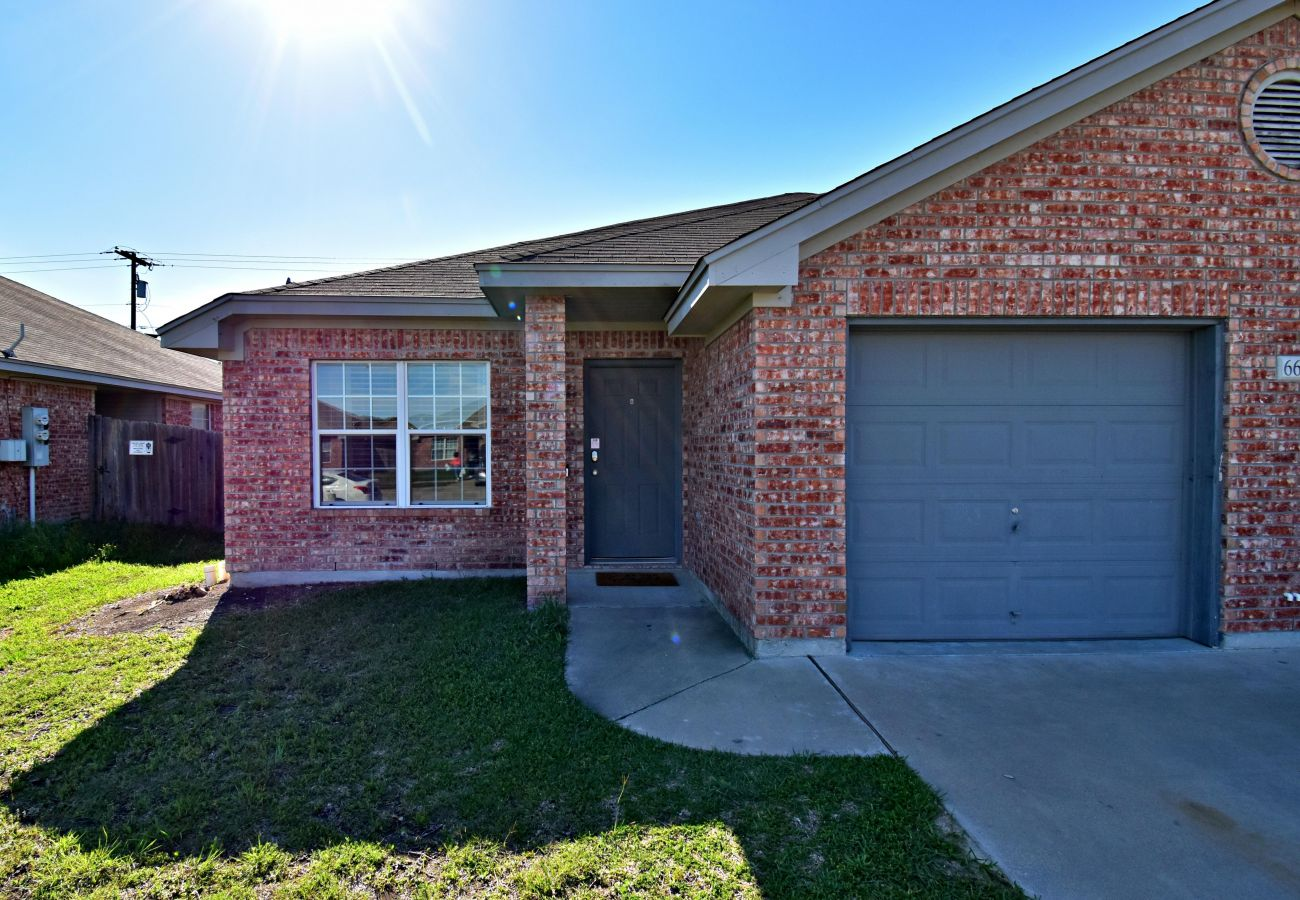 House in Killeen - The Inns at Clear Creek III